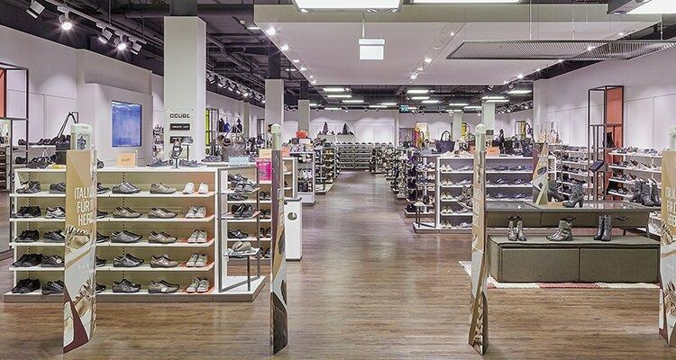 2_zentrum_oberland_voegele_shoes_shop_header_mobile
